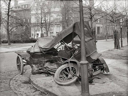 Nostaljik İlk Araba Kazaları galerisi resim 1