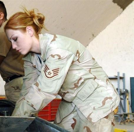 En Güzel Kadın Askerler galerisi resim 4